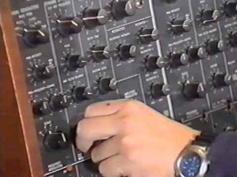 'The Vintage Synth - Volume 3: Korg' (4/11)