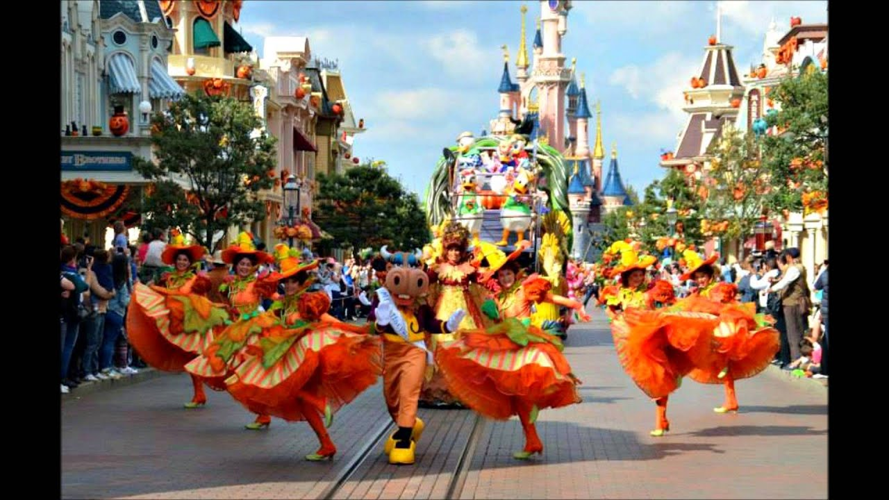 Vive La Vie -mickey' Halloween Celebration - Official