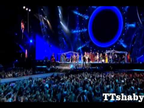 Take That - Hold up a light (The Circus Wembley 19part) HD