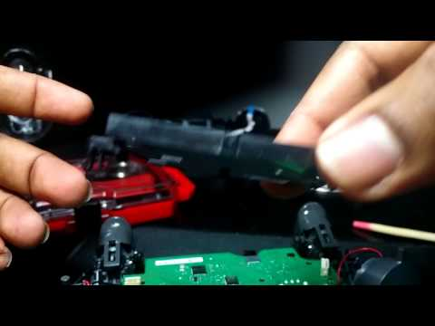 how to take apart xbox one controller to clean