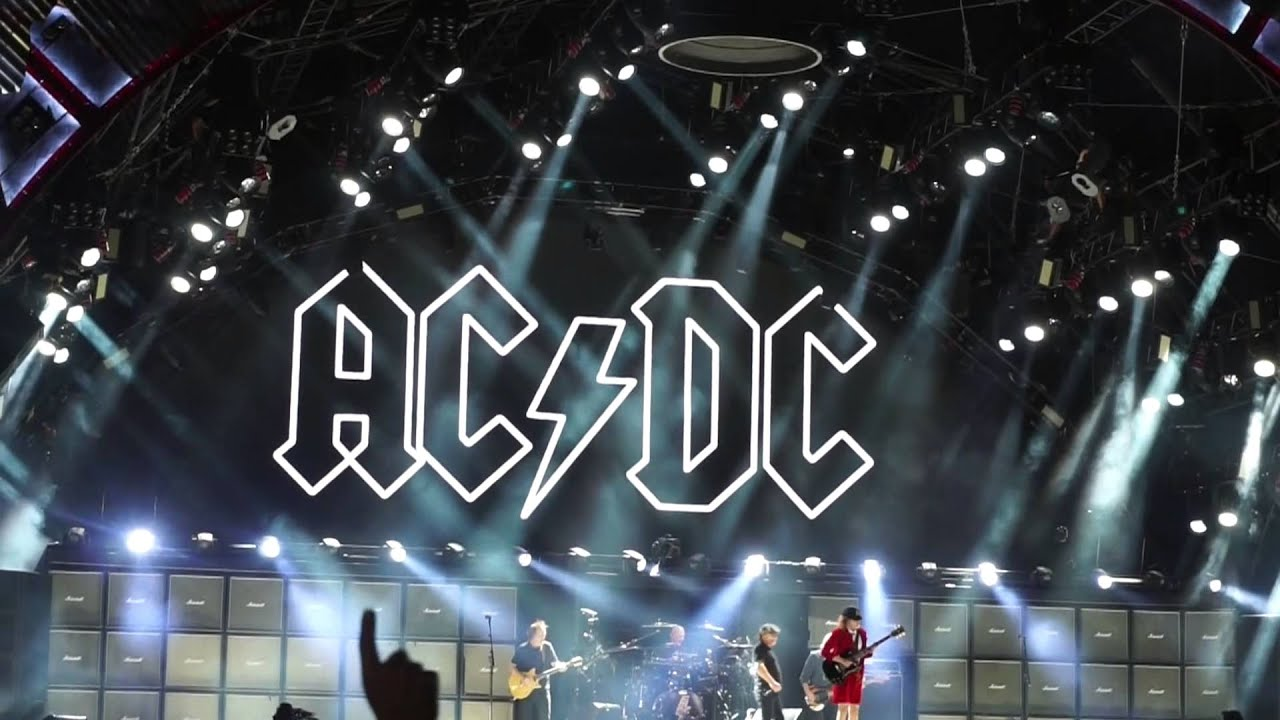 Acdc At Wrigley Field Chicago Cubs 2015 Part I Youtube