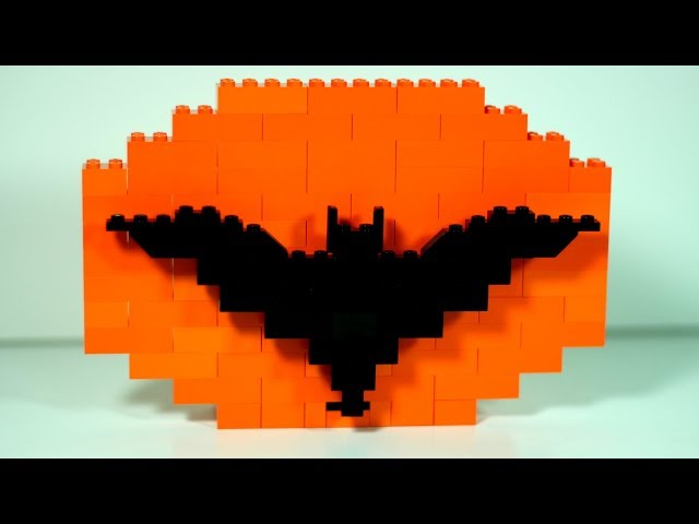 LEGO Halloween Ideas - Easy LEGO Bat