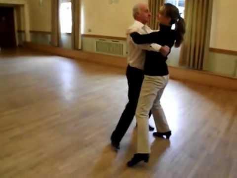 Melody Foxtrot Sequence Dance to Music