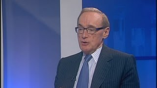 Bob Carr says 'suddenly the next election has become very contestable'