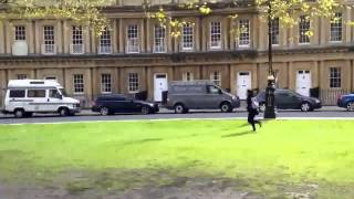 Go Sightseeing The Royal Crescent in Bath for 30 sec
