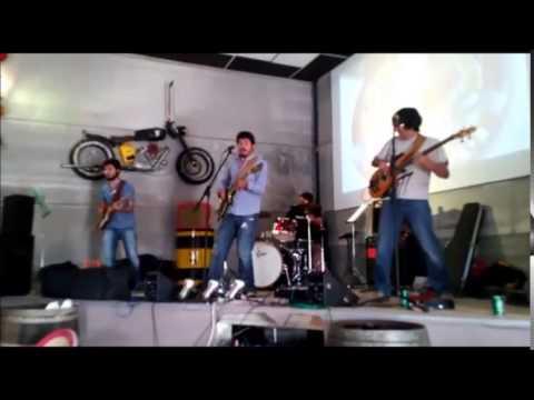 Arde la Calle (tributo a la movida madrileña) - Mancha Custom Club