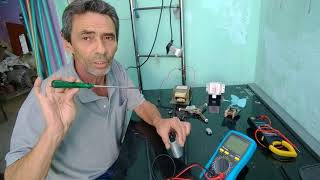 Forno de microondas teste dos componentes,