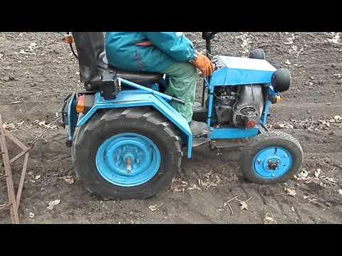 мини трактор самодельный в огороде