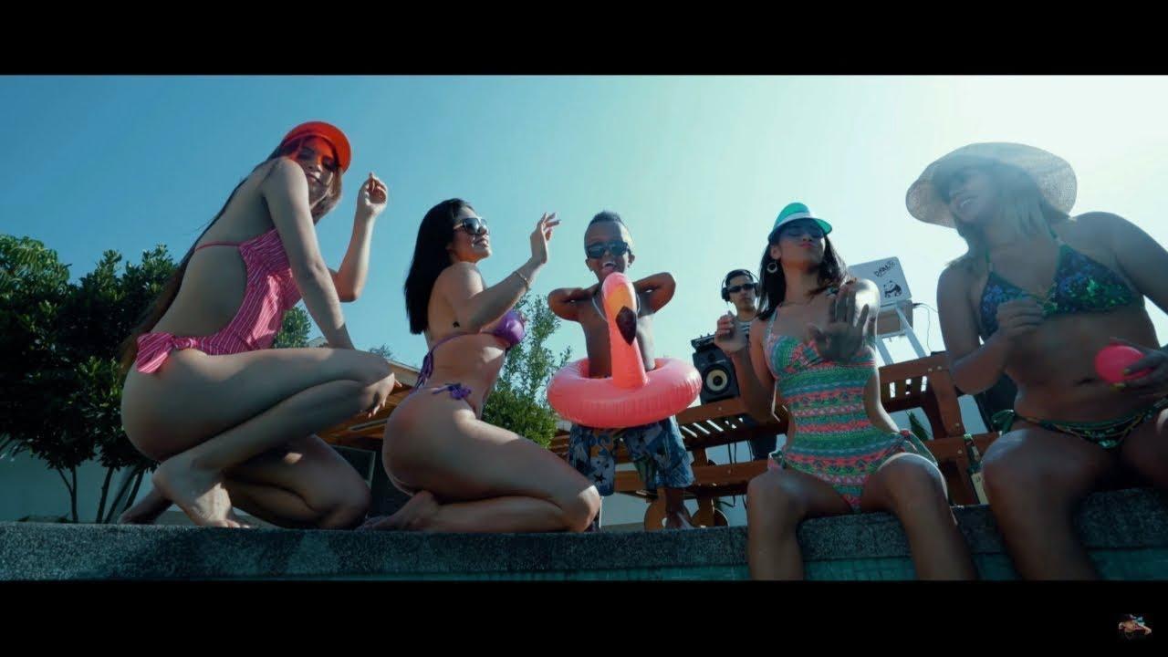 TWERK LATINO MIX - DJ RAULITO (Video Oficial)