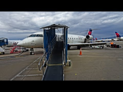 ON A TINY DELTA CRJ! | POCATELLO-SALT LAKE CITY | ECONOMY CLASS
