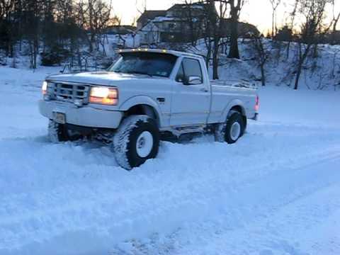 Ford F150 Lifted >> 94 f150 4x4 snow hill climb - YouTube