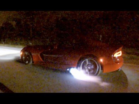 1100HP TT 2014 Viper battles 1000HP Turbo Foxbody mustang