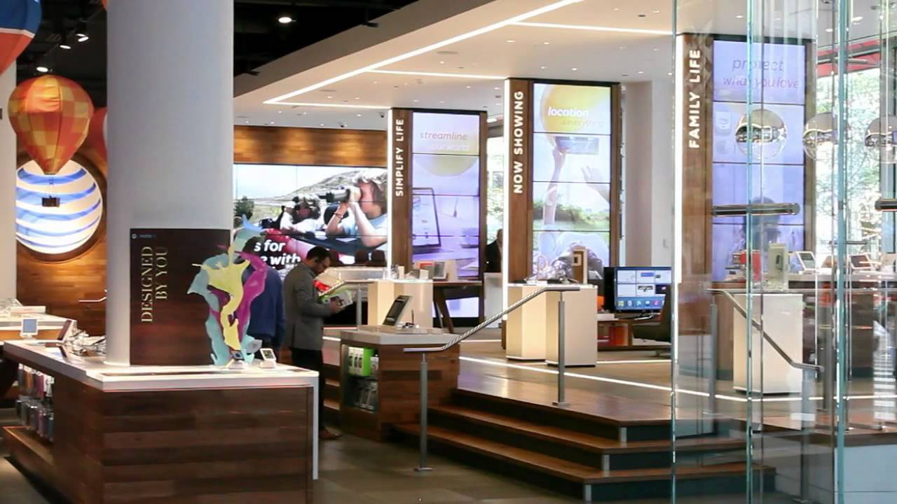 At T Michigan Avenue Flagship Store Chicago A Digital Brand Experience Youtube