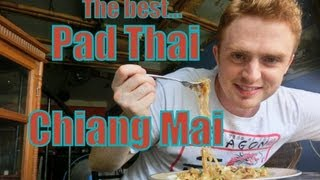 Eating The Best Pad Thai Ever (ผัดไทย) At Chang Chalaad Restaurant In Chiang Mai, Thailand