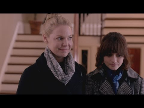 Katherine Heigl and Alexis Bledel Play Engaged Couple in † Jenny † s Wedding †
