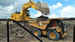 BIG Digger Excavator Loading Dump Truck Komatsu PC2000 Hitachi EX1200 CAT 77E