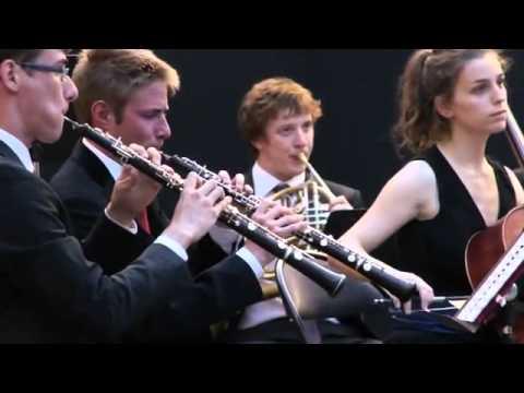 Dvořák, Sérénade en ré mineur op.44 - Ensemble Furians, Pierre Dumoussaud