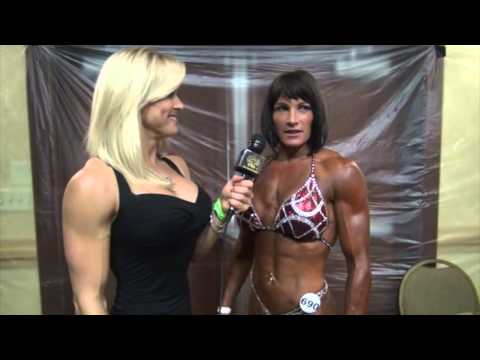 2013 NPC Teen/Collegiate/Masters Nationals Masters Over 35 Overall Jennifer Taylor.