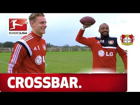 Leno vs. Yelldell - (American) Football Crossbar Challenge