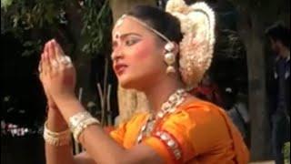 प्रभु श्री कृष्ण से एक भक्त नृत्य करते हुए प्रार्थना INDIAN Beautiful Classical dance  performance