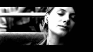 Je vais bien ne t'en fais pas (french movie) - Whenever your world starts crashing down