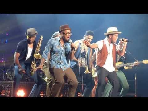 Bruno Mars Treasure Live (Moonshine Jungle Tour Australia) Video & Dance Break