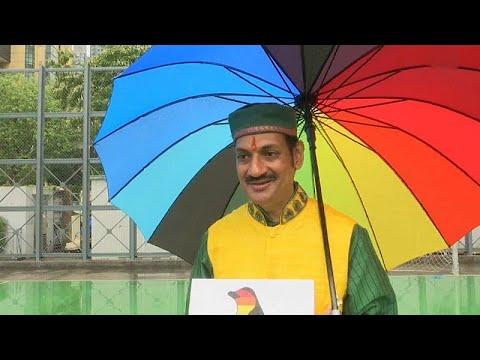 شاهد: أمير هندي يشارك مع الآلاف في تظاهرة -فخر المثلية- في هونغ كونغ…  - 15:54-2018 / 11 / 17