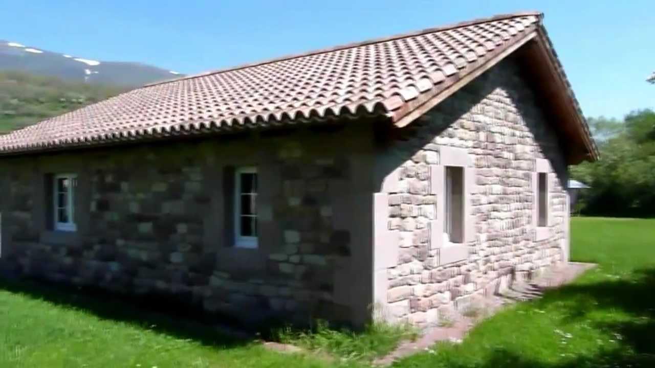 Complejo puente romano caba as de piedra en ria o campoo - Construccion casas de piedra ...