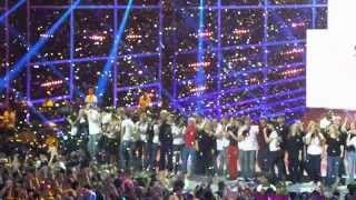 Les enfoirés 2014 - Final - La chanson des restos