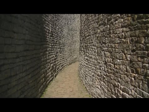 Great Zimbabwe: The ruins of the Citadel and Royal Enclosure