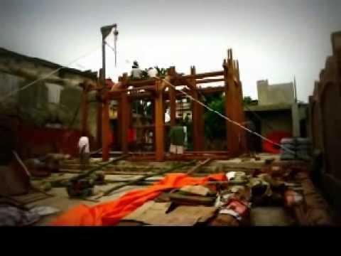 Lắp dựng nhà cổ truyền gỗ Lim qua ba phút video