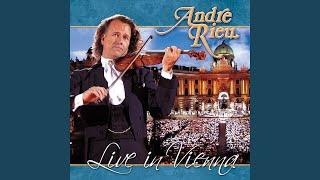 """""""Dein Ist Mein Ganzes Herz"""" from the Land of Smiles (Live)"""