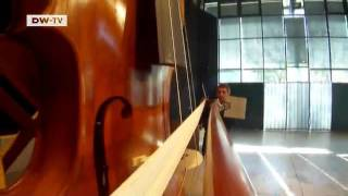 World's Largest Violin | euromaxx