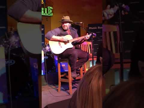 Lee Brice - Music Row Happy Hour Nashville 2017 New Music Live