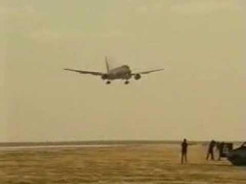 Boeing Crosswind Landings