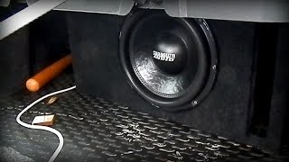 Sundown Audio SA12V3+MOMO D1000