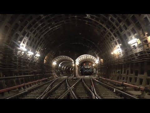 Особенности метро Санкт-Петербурга