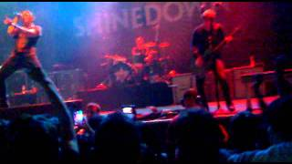 Shinedown - Diamond Eyes (Boom-Lay Boom-Lay Boom) live in Glasgow HQ