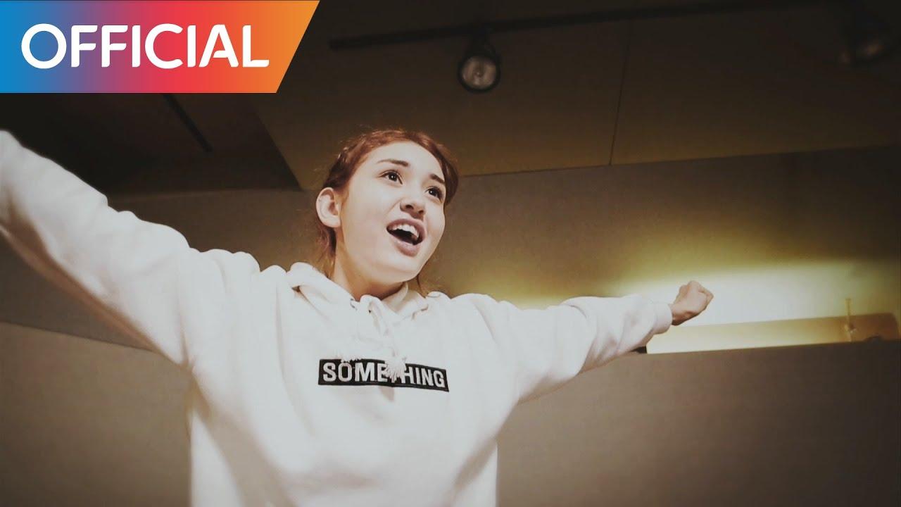 Jeon So-mi – Crush