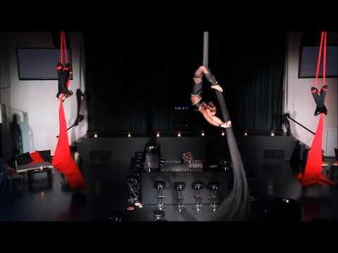 Aerial Silks - El Tango de Roxanne