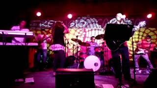 banda moluja - refugio carioca rock internacional