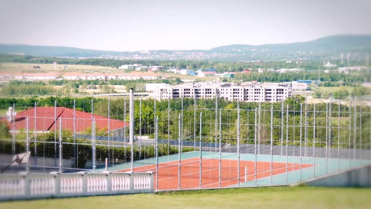 Grandiose Villa-Residence only ~ 1,4 million EUR (~ 420 million HUF) - YouTube