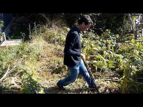 Comment utiliser une grelinette pour préparer le sol
