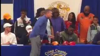 Quay Walker Tosses Tennessee and Flips from Alabama to UGA