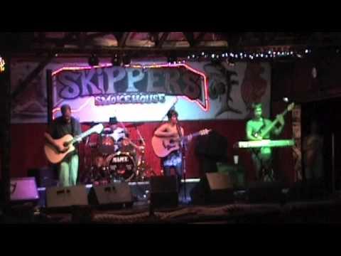 Tahoe Fox - John - Skipper's Smokehouse 11/16/10