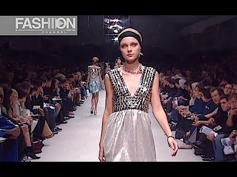 BURBERRY Spring 2007 Milan - Fashion Channel