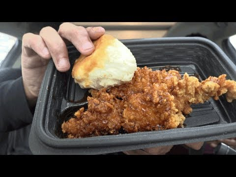 Eating KFC Hot Honey Chicken @hodgetwins