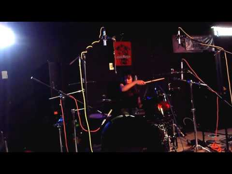 Roxy Petrucci - Drummer for Vixen band -