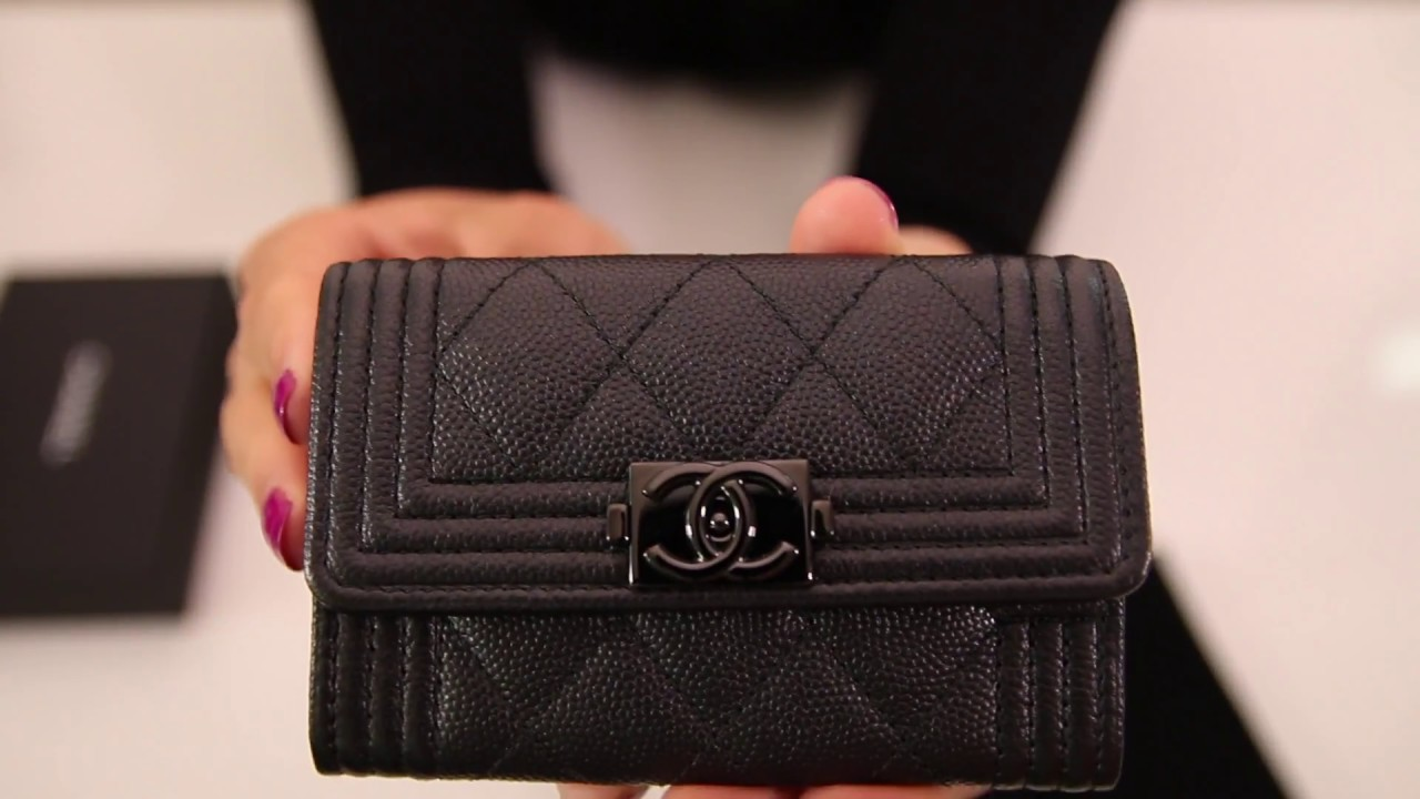 1048311e415a Unboxing Chanel Caviar Quilted Boy Card Holder So Black - YouTube