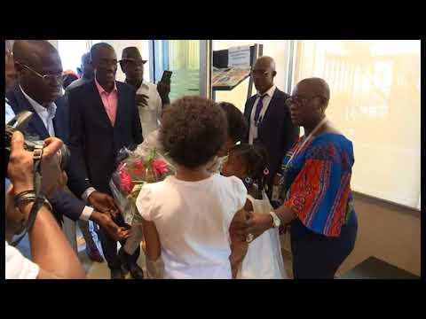 Arrivée de Murielle Ahouré , la championne du monde de 60 m en salle à Abidjan